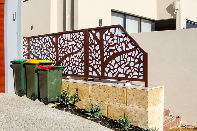 Gwelup Privacy Screen & Gate
