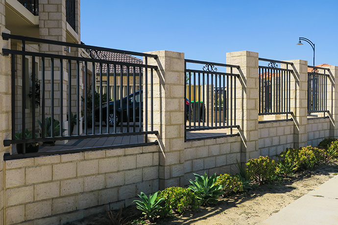 Dianella Automatic Gate & Infill